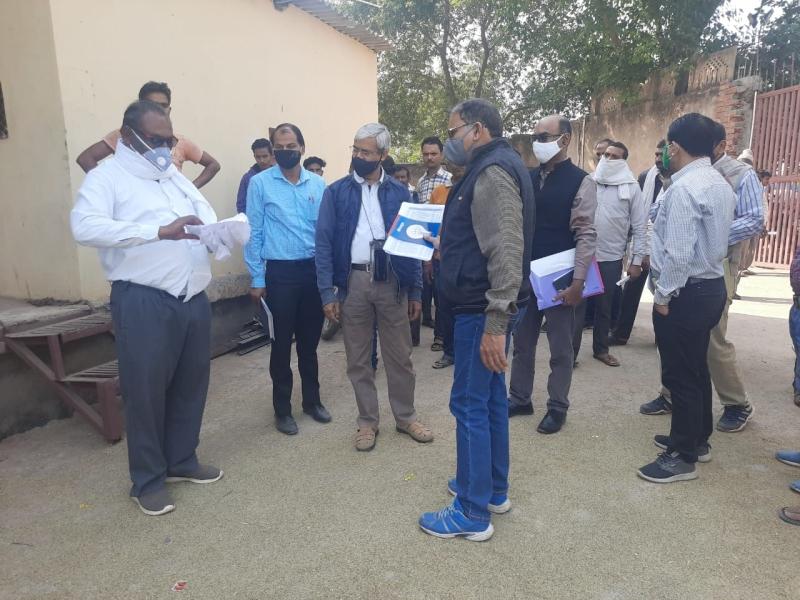 कैलारस में विधायक की शिकायत के बाद खरीद केन्द्रों का निरीक्षण करने पहुंची भोपाल से आई टीम