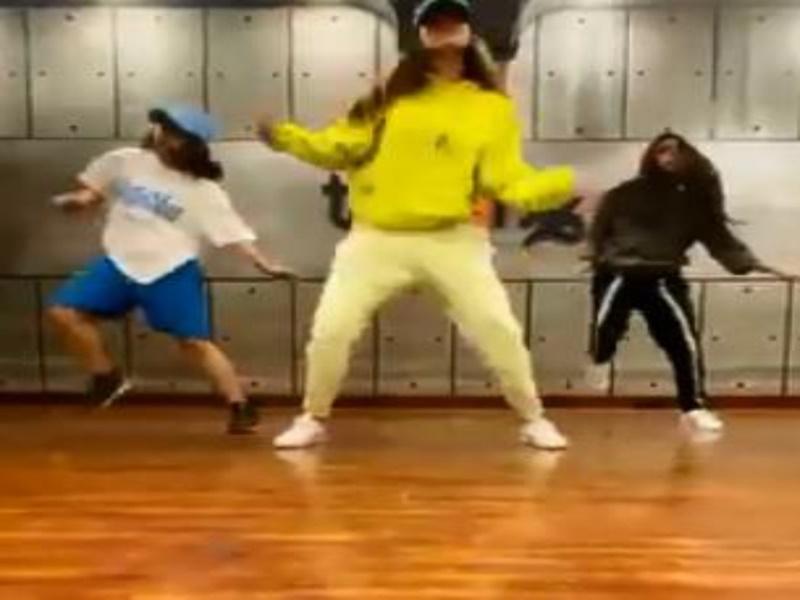 Disha Patani का डांस वीडियो वायरल, फुर्ती देखकर फैंस भी हो रहे हैरान