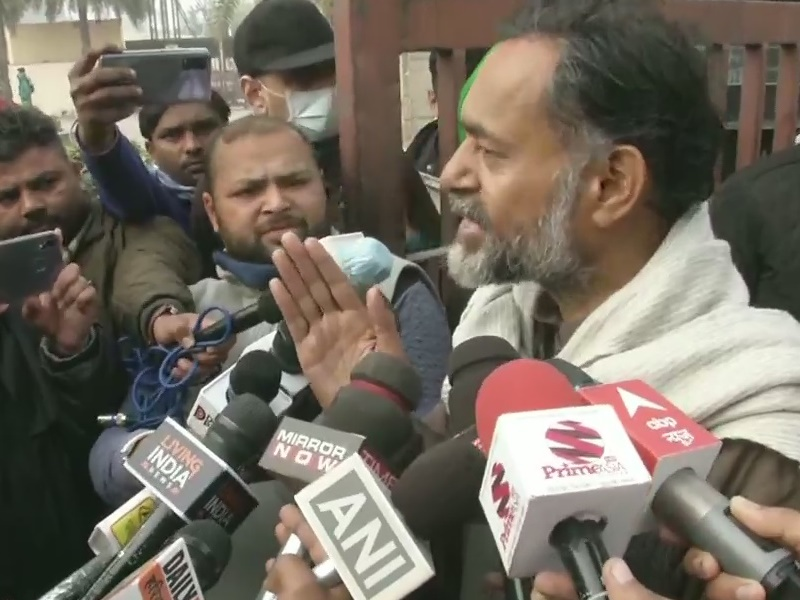 Kisan Tractor March: किसान नेता योगेंद्र यादव ने कहा, हमें ट्रैक्टर रैली के लिए पुलिस से मिली अनुमति