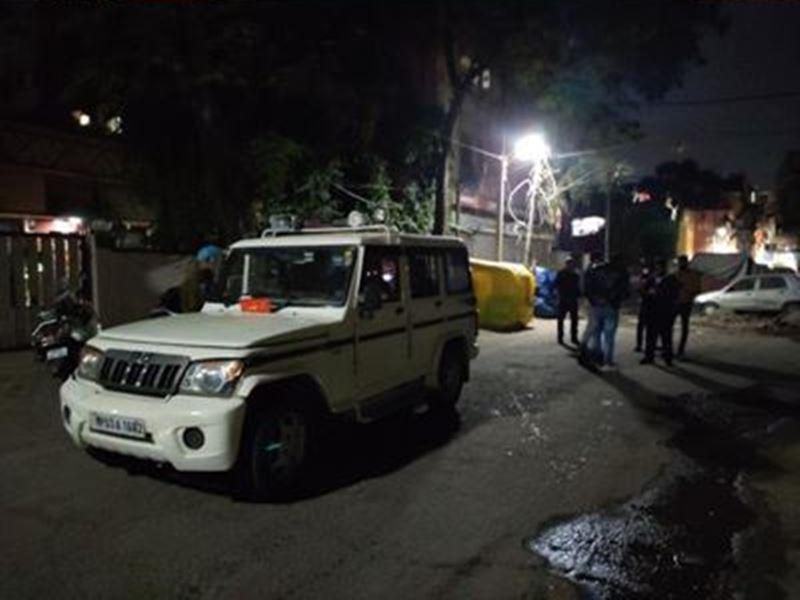 Land Mafia in Indore: इंदौर के फरार भूमाफिया पर बढ़ाया इनाम, तलाश में कई जगह मारे छापे