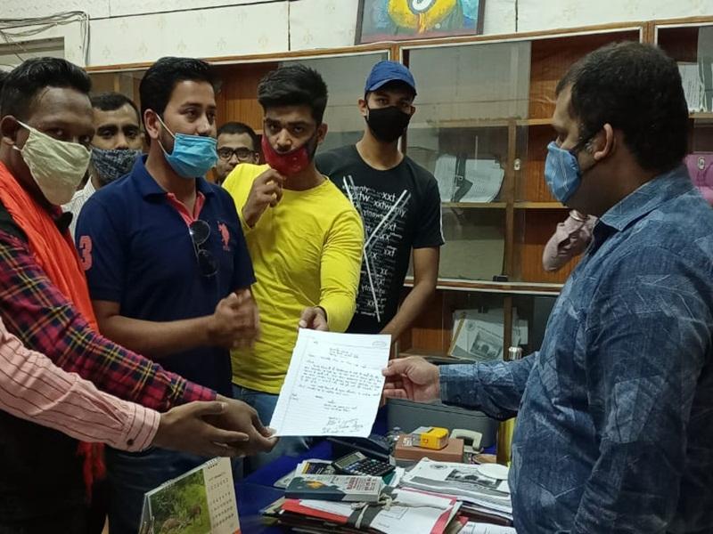 Atal Universiti Bilaspur: कोरोना काल में आनलाइन लें परीक्षा, छात्रसंघ के पदाधिकारी कुलसचिव से मिले