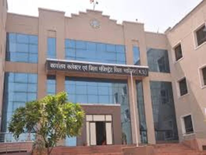 Gwalior Action at the flour factory News: आटा फैक्ट्री में यूपी-दिल्ली का पीडीएस गेहूं पकड़ा, प्रशासन ने किया सील