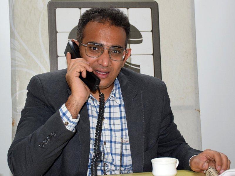 Hello Naidunia : साहब...इलाज के लिए मुंबई जाना पड़ता है, कब शुरू होगी ट्रेन