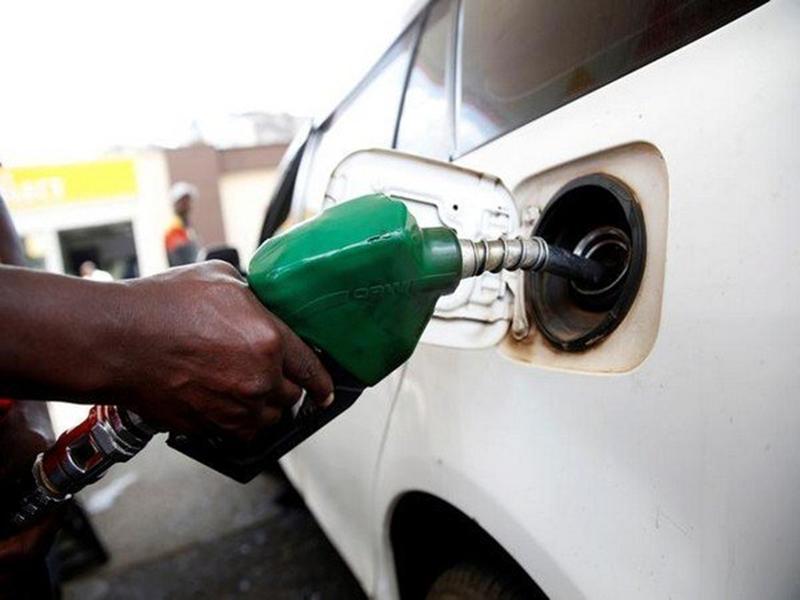 Petrol Diesel Price: दो दिन की राहत के बाद फिर महंगा हुआ पेट्रोल-डीजल, 35-35 पैसे प्रति लीटर बढ़े दाम