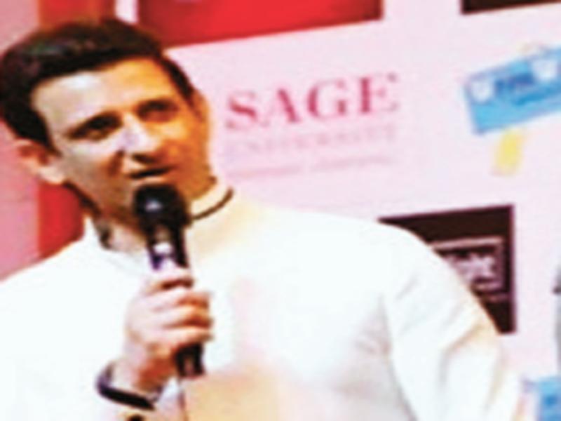 Bhopal News: बचपन से थी फौजी बनने की चाहत, पर बन गया एक्टर : शरमन जोशी