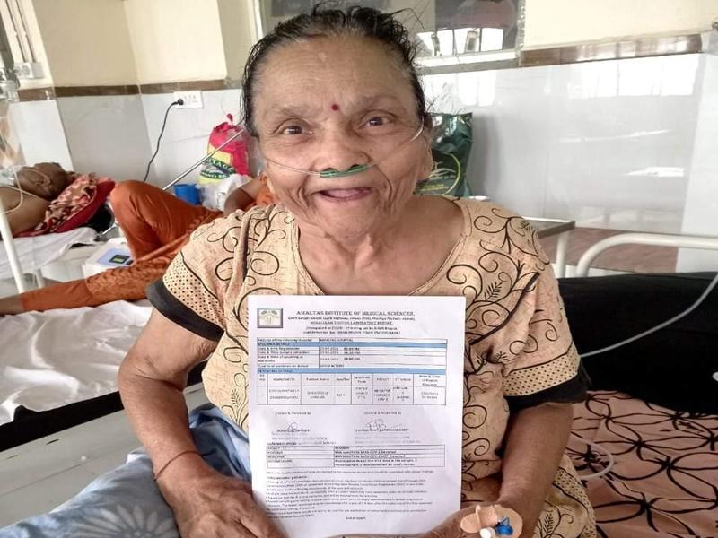 Madhya Pradesh News: 87 वर्षीय दादी ने 30 साल पहले कैंसर को हराया, अब कोरोना पर जीत का दिया यह मंत्र