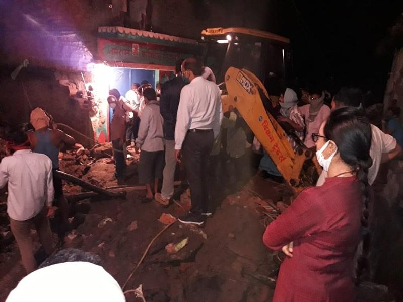 Bilaspur News : सैप्टिक टैंक की सफाई करते जहरीली गैस की चपेट में आने से चार लोगों की मौत