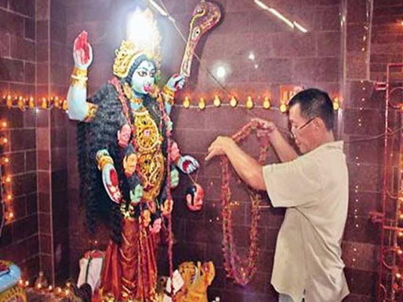 India China Conflict: कोलकाता के चाइनीज काली मंदिर में चीन लोग कर रहे भारतीय सैनिकों के लिए प्रार्थना