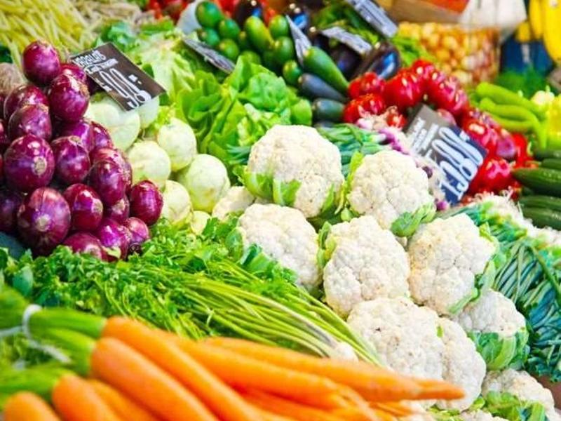 Vegetables In Market: सब्जियों के लिए बाहरी आवक पर बढ़ा भरोसा, स्थानीय आवक हुई बंद