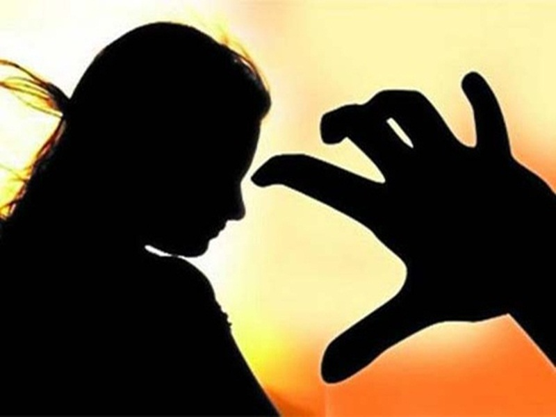 Crime News: फेसबुक पर शादीशुदा महिला को किया प्रपोज, मना करने पर की पिटाई, पहुंचा सलाखों के पीछे