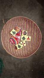 बोकरामुडा में ख़ुडखुड़िया पट्टी पर जुआ खेला रहे दो ग्रामीण गिरफ्तार