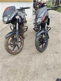 गणेश टेकरी से बाइक चुराकर भाग रहे थे बदमाश, दो गिरफ्तार