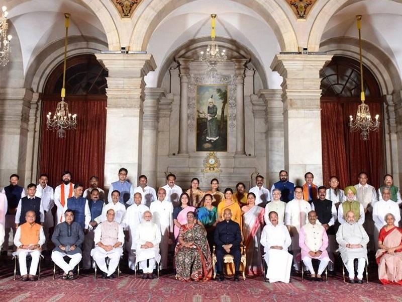 बरकरार है अंग्रेजी की श्रेष्ठता का दंभ: जगमोहन सिंह राजपूत
