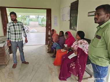 बागबाहरा में टैक्स वसूलकर नहीं दी रसीद, कार्यालय पहुंचे वार्डवासी