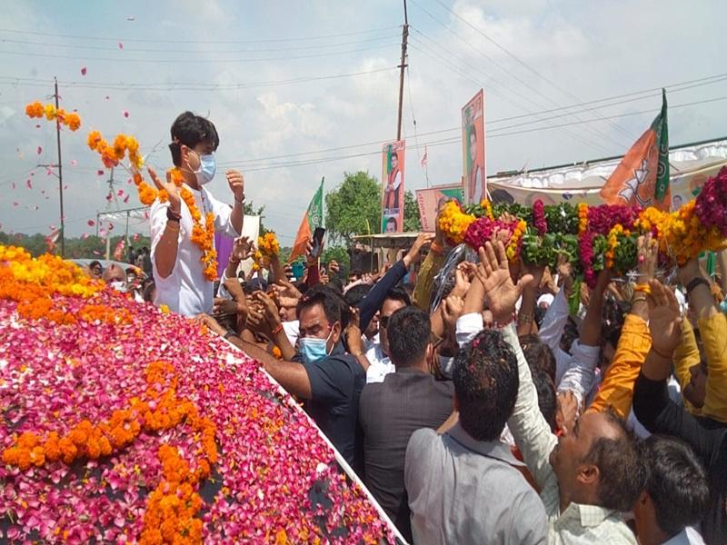 Gwalior Political News: अंचल में पार्टी की एकजुटता का संदेश देने में कामयाब रही सिंधिया की स्वागत यात्रा