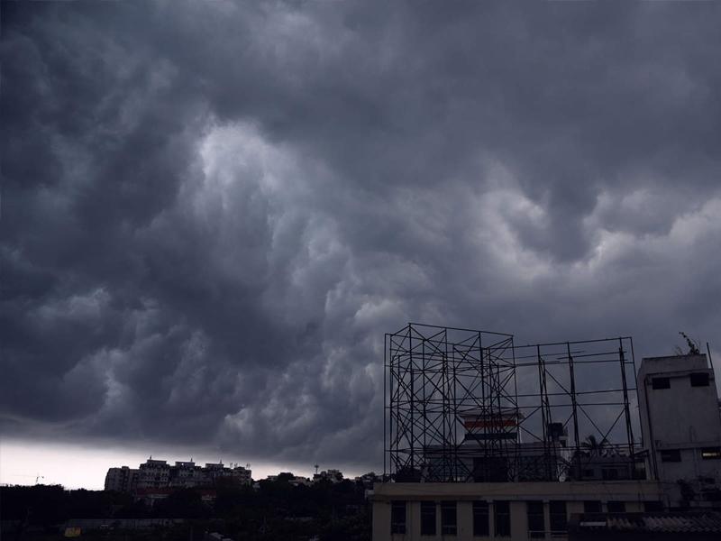 Weather Alert: बंगाल की खाड़ी में कम दबाव का क्षेत्र, इन 6 राज्यों में भारी बारिश का अलर्ट