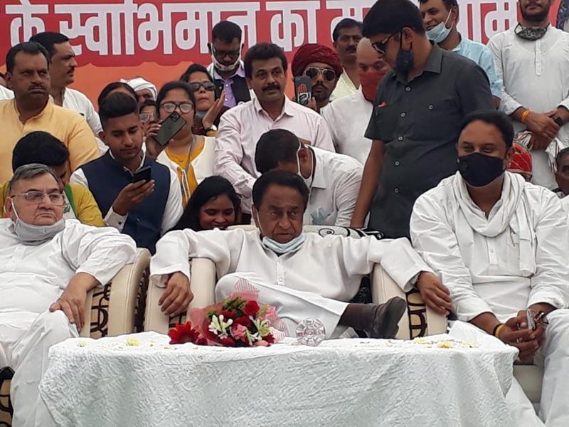 Sanver assembly by-elections: कमलनाथ बोले- शिवराज तो शाहरुख और सलमान से अच्छे एक्टर हैं