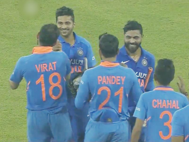 Ind vs WI 3rd ODI highlights: सिर्फ 2 गेंदों में शार्दुल ठाकुर ने पलट दिया पासा, विराट ने किया मजेदार ट्वीट