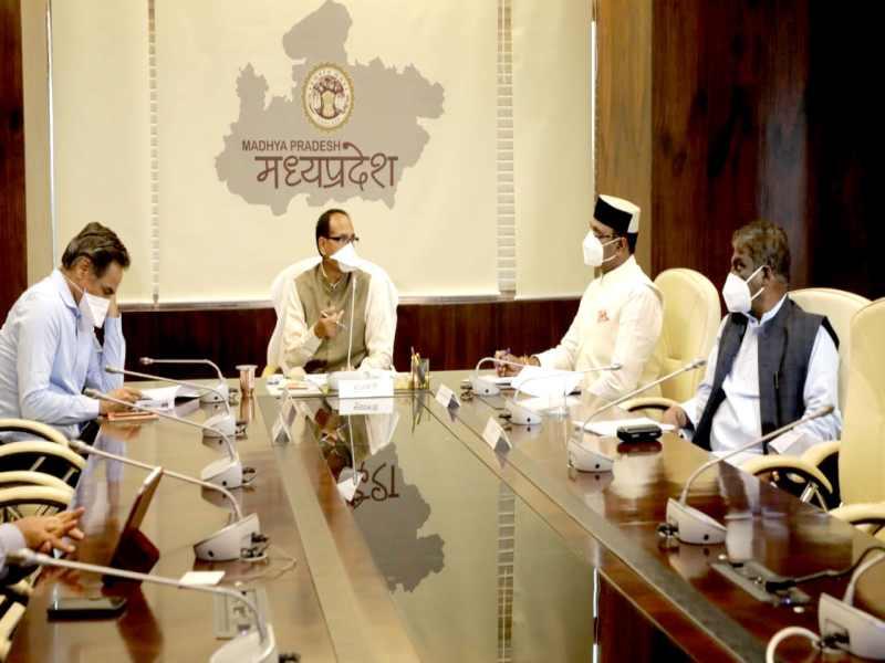 Madhya Pradesh Lockdown News: लॉकडाउन नहीं किया जाएगा, प्रदेश में ही दिलाएंगे काम, मजदूरी के लिए न जाएं बाहर