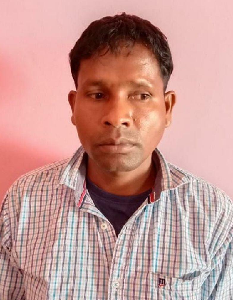 Action against naxalites : जनताना सरकार का अध्यक्ष गिरफ्तार