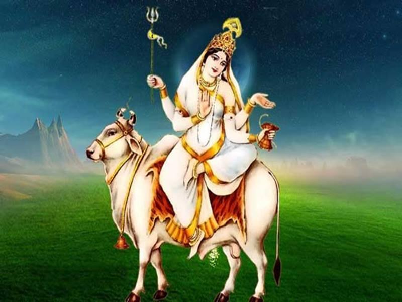 Chaitra Navratri 2020: देवी शैलपुत्री को समर्पित है नवरात्र का पहला दिन, जानिए इनके बारे में