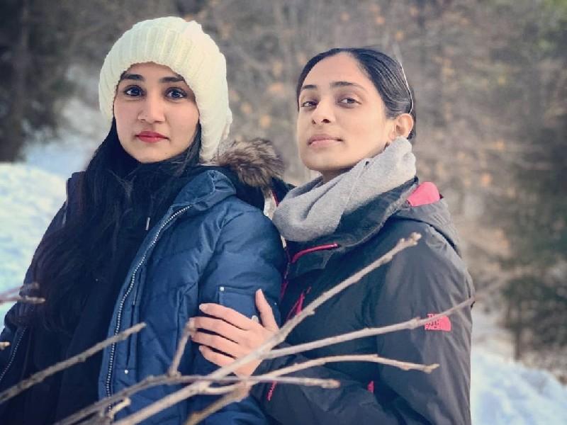 शोले के 'सांबा' की बेटियों को देख भौचक्के रह जाएंगे, हॉलीवुड में भी दिखा रही हैं जलवा