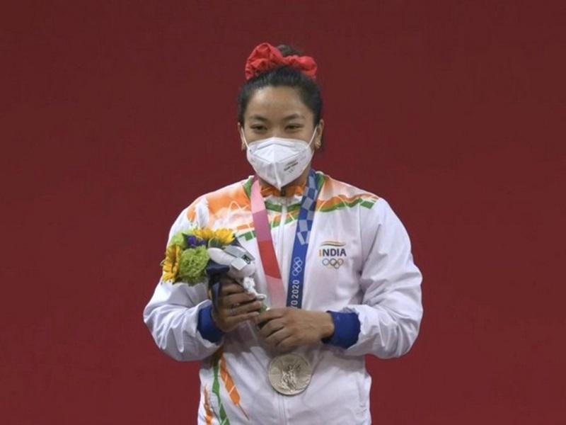 Tokyo Olympics LIVE July 24: मीराबाई चानू ने देश को दिलाया सिल्वर मेडल, बोलीं- नर्वस थी, लेकिन मेहनत और दुआएं रंग लाईं