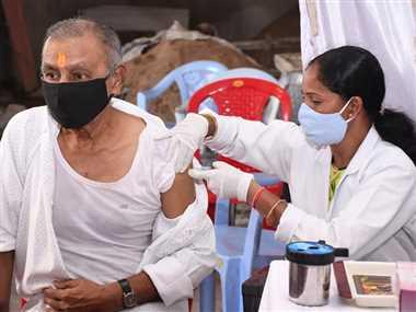 कोरोना संक्रमण के खतरे से सात लाख लोग सुरक्षित