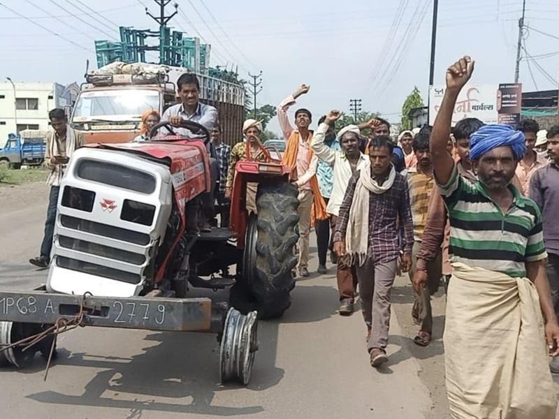 Burhanpur News:  Video जब्त ट्रैक्टर छुड़ा ले गए आदिवासी, पुलिस ने प्रकरण दर्ज किया, यह है मामला