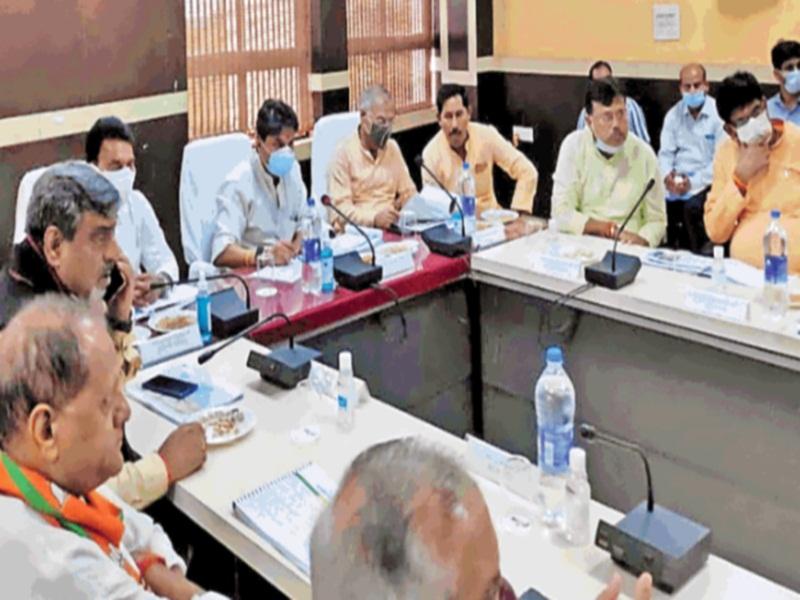 Scindia in Gwalior: हर घर तक पहुंचना चाहिए नल का पानी, तीन माह में तैयार करें डीपीआर, जिसके आधार पर तैयार हाेगा प्लान