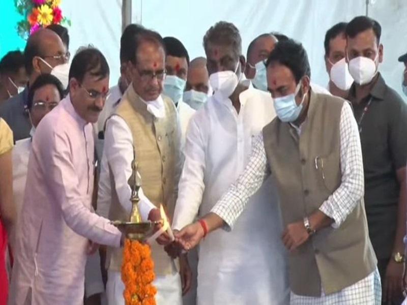 Madhya Pradesh News: सीएम शिवराज सिंह चौहान ने पन्ना जिले को दी अनेक सौगातें