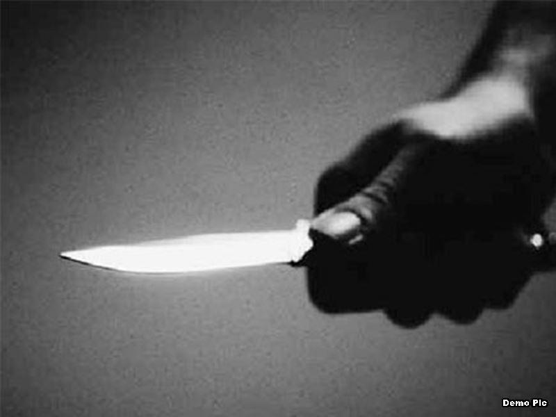 इंदौर में चाकू मारकर ड्राइवर की हत्या, कारखाना संचालक बेटे सहित पकड़ाया