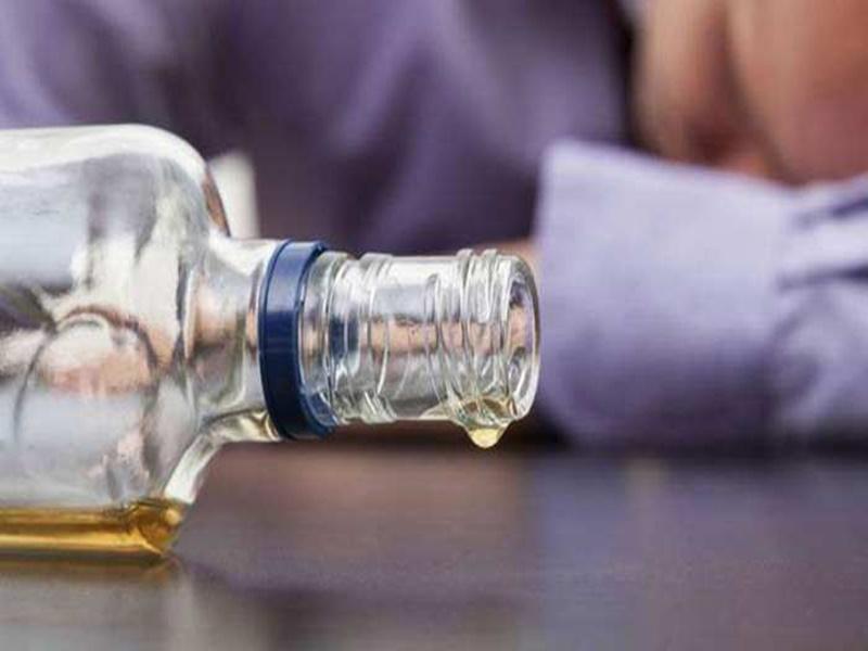 Ujjain liquor scandal : कैमिकल फैक्ट्री संचालक ने थाने में किया सरेंडर