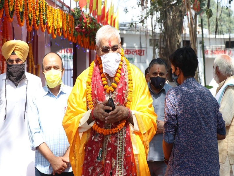Navratri 2020: नवरात्र अष्टमी पर सरगुजा राजपरिवार के मुखिया मंत्री टीएस सिंहदेव ने किया संधि पूजन