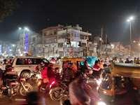 Indore Coronavirus Guidelines: इंदौर में 24 घंटे चालू रह सकेंगी दवा दुकानें और कारखाने