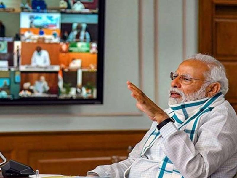 Corona Review Meeting: PM मोदी बोले, वैक्सीन आने का समय तय नहीं, राजनीति करने वालों को रोक नहीं सकता