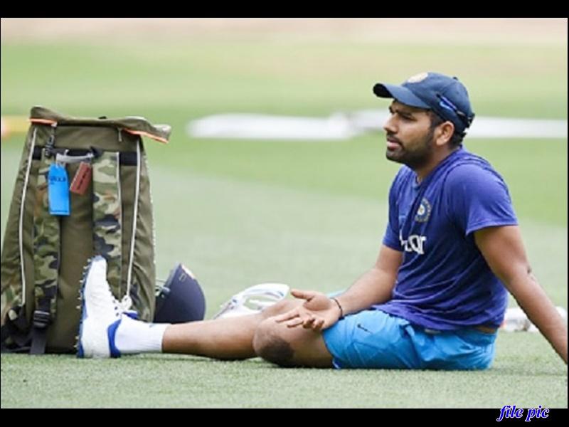 Ind vs Aus: टीम इंडिया को झटका, रोहित शर्मा टेस्ट सीरीज में नहीं खेल पाएंगे