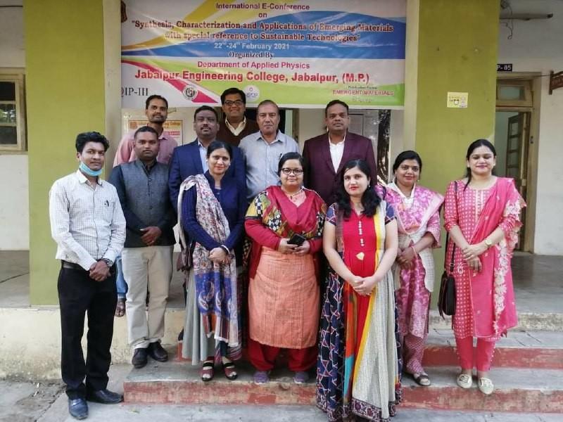 Jabalpur Engineering College: ड्राइवर लेस कार, नैनो टेक्नोलॉजी पर की गई चर्चा