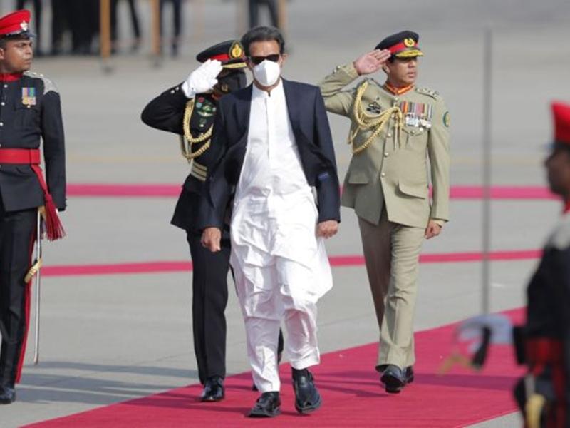 Top News Today LIVE: इमरान खान ने फिर अलापा कश्मीर राग, श्रीलंका में कही ये बात