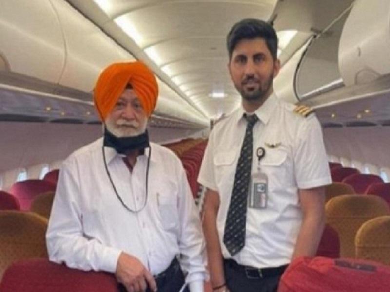 Air India की फ्लाइट में इस यात्री ने अकेले किया अमृतसर से दुबई का सफर, बोले- लगा जैसे महाराजा हूं