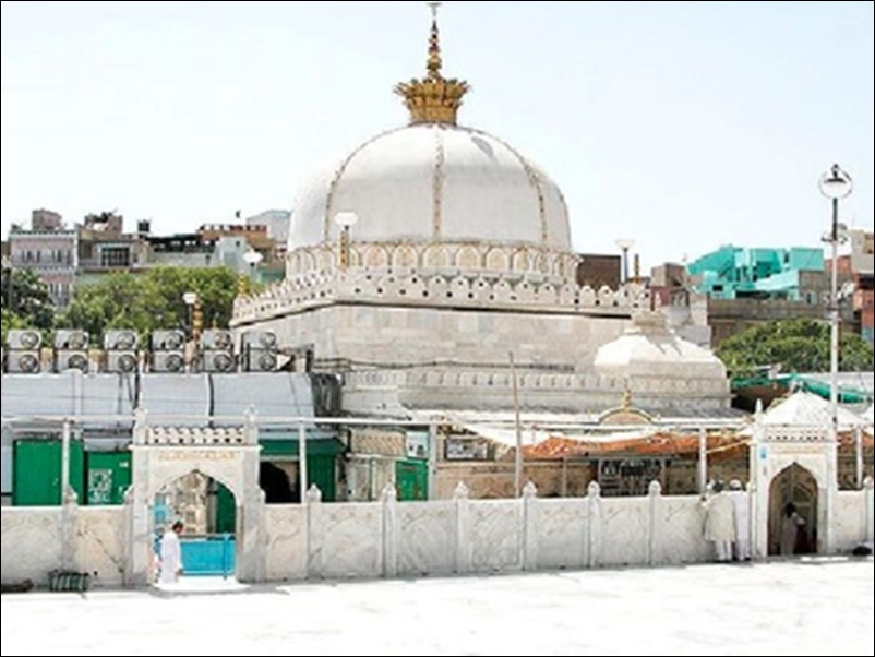 Ajmer Dargah अजमेर दरगाह में 72 घंटे के लिए बाबा फरीद का चिल्ला खुला