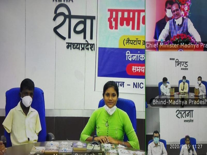 पैर से लिखकर 82 प्रतिशत अंक लाए, अब रीवा के कृष्ण को कृत्रिम हाथ लगवाएगी मध्य प्रदेश सरकार