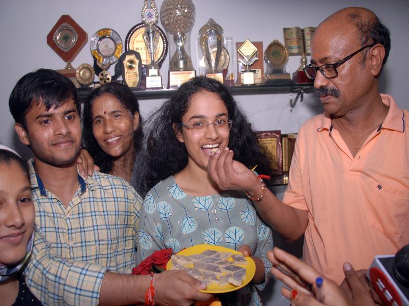 UPSC Topper Jagrati Awasthi: जागृति ने इंटरनेट मीडिया और टीवी से दूरी बनाई, दस से बारह घंटे की पढ़ाई कर अपना सपना पूरा किया