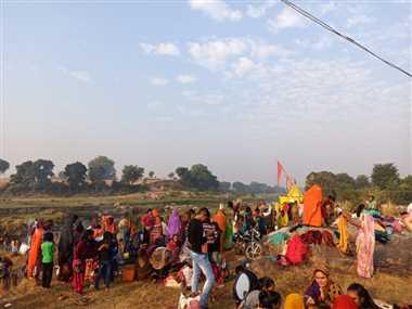 देवउठनी ग्यारस पर्व पर जलबिहार के लिए निकला भगवान अटल बिहारी रथ