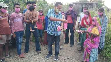 धार जिले के राजगढ़ के बुजुर्ग दंपती की रिपोर्ट आई पॉजिटिव