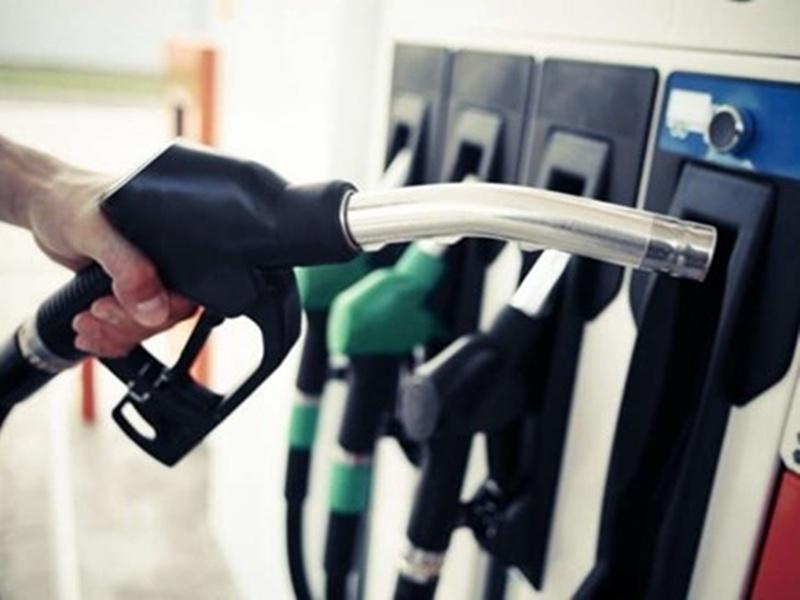 Petrol Pump PUC Indore: वाहनों से प्रूदषित हो रही इंदौर की हवा फिर भी 95 प्रतिशत पेट्रोल पंपों पर प्रदूषण जांच के इंतजाम नहीं