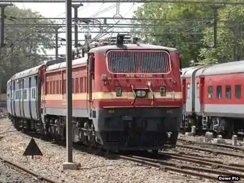 Indore News: पश्चिम रेलवे को रेल लाइनों के लिए मिला पैसा, मालवा के हाथ खाली
