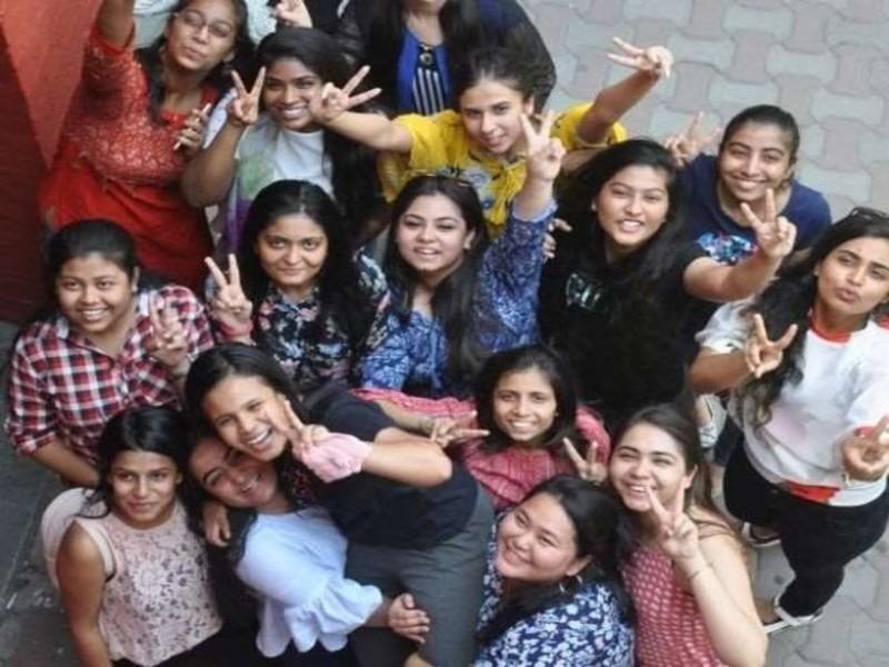 BSEB 12th Result 2021: बिहार बोर्ड में 12वीं के टॉपर्स की लिस्ट जारी, कॉमर्स, सांइस और ऑर्ट्स तीनों स्ट्रीम में लड़कियों ने मारी बाजी