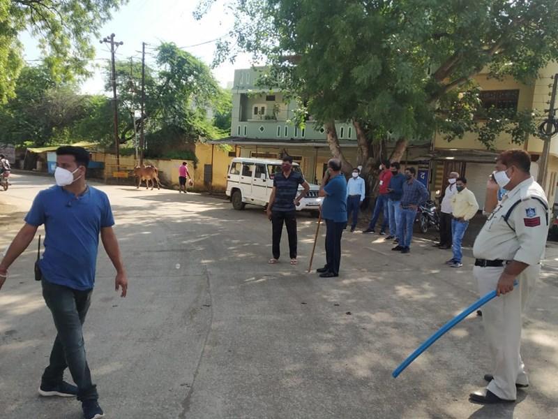 Total Lockdown in MP : इंदौर, शहडोल, जबलपुर, सेंधवा और रायसेन सहित सभी शहरों में टोटल लॉकडाउन