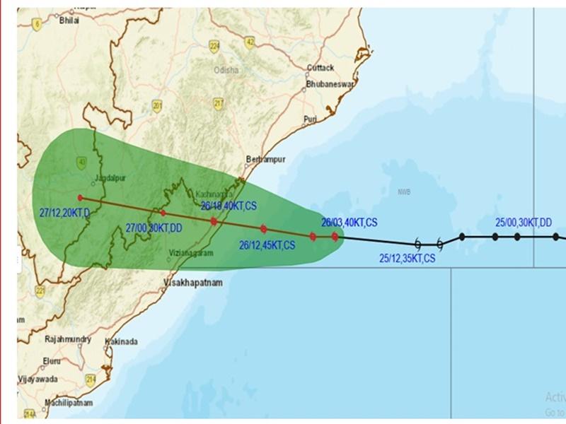 Cyclone Update: आंध्र-ओडिशा में तबाही की आशंका, पीएम मोदी ने दोनों प्रदेशों के मुख्यमंत्रियों से की बात